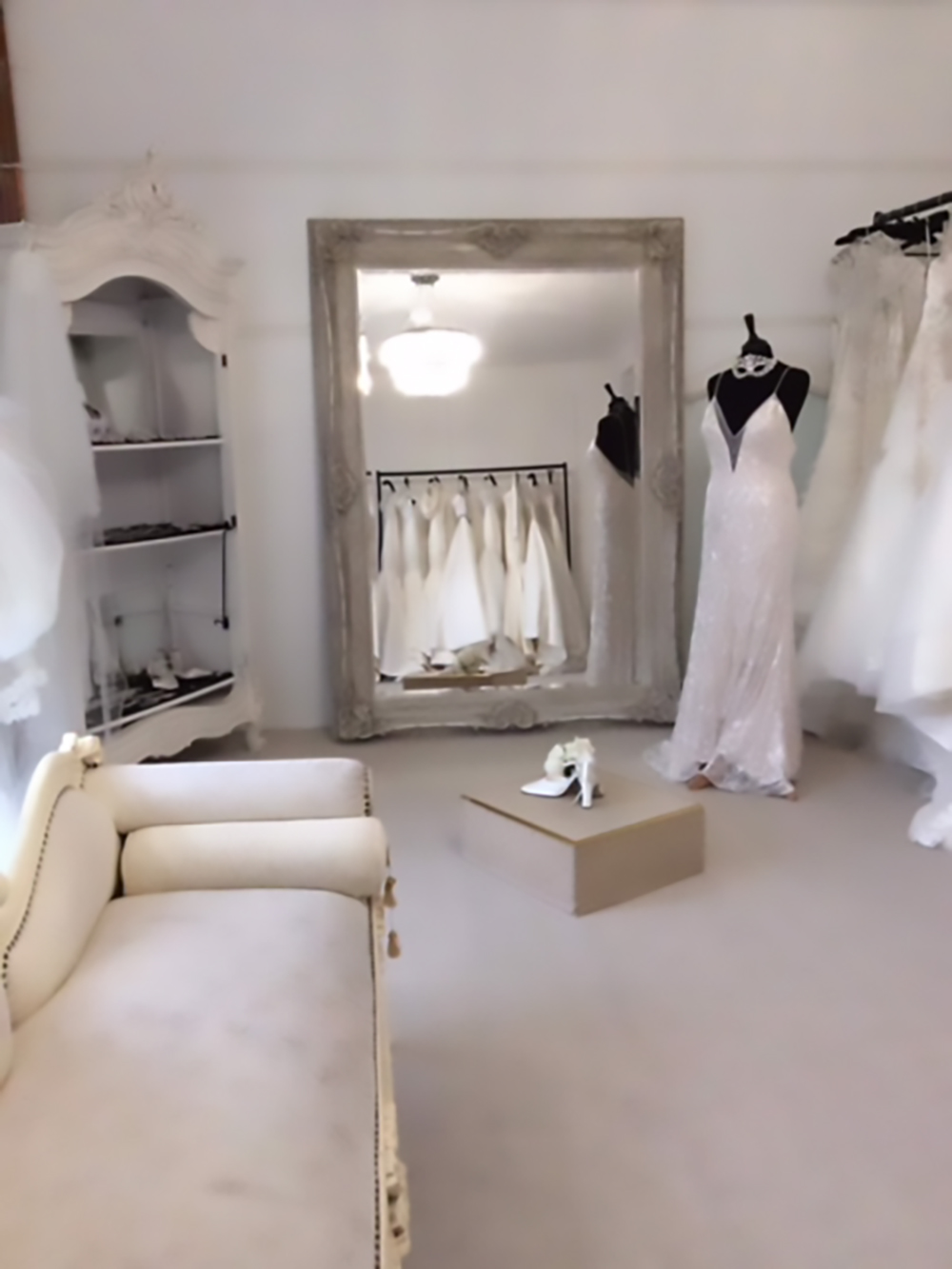 Angelstar Bridal | Lisburn Road, Belfast, Northern Ireland | Bridal Suite